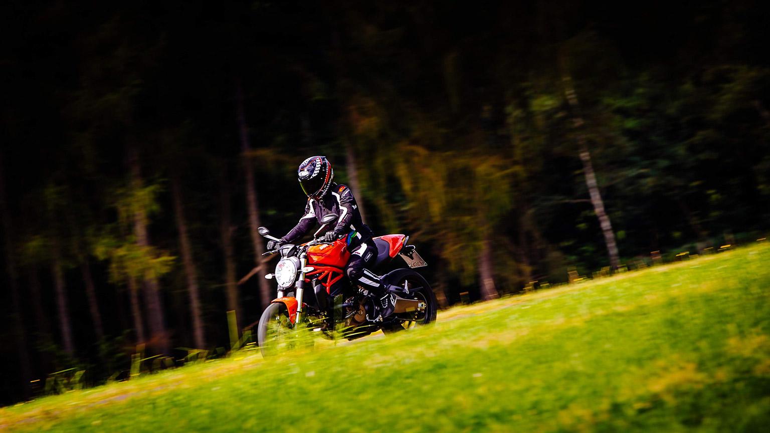 Privates Motorrad-Shooting als Geschenk | © Andreas Weinand